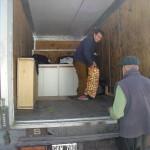 hogar-san-jose-entrega-de-muebles-de-cocina-y-alimentos-frescos-003