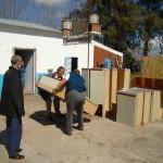 hogar-san-jose-entrega-de-muebles-de-cocina-y-alimentos-frescos-006